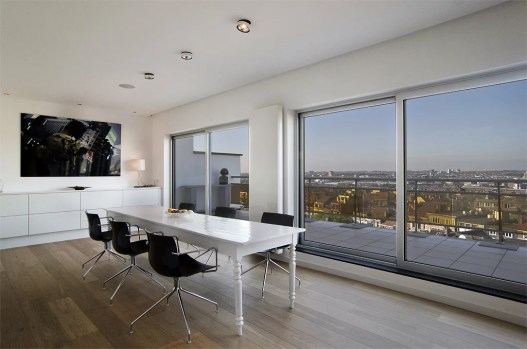 Penthouse_with_a_view_27