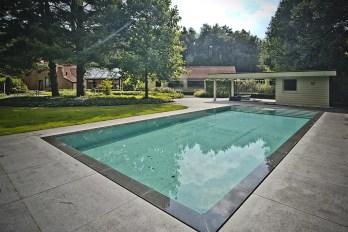 Swimming_Pool_52
