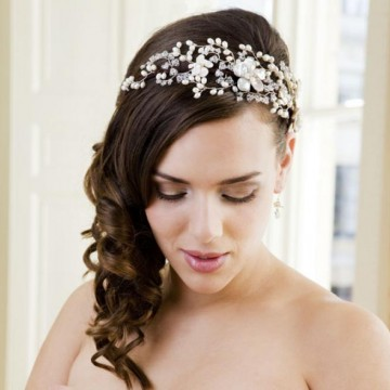 designer wedding hair accessories article by hermione harbutt