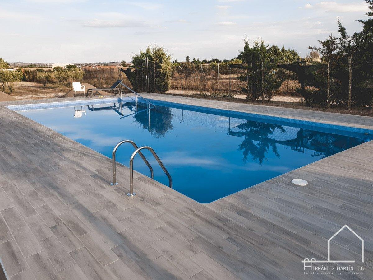 hernandezmartincb-experiencia-construccion-piscinas-moderna rectangular-zamora-27