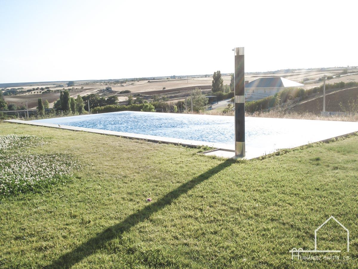 hernandezmartincb-experiencia-construccion-piscinas-moderna rectangular-zamora-7