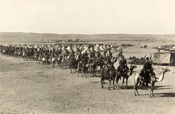 Corps méhariste ottoman Beersheba 1915, bibliothèque du Congrès, Washington.