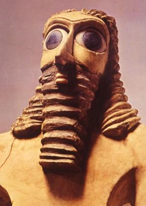 Adorant du dieu Abu (gypse, yeux en lapis lazzuli, Eshnunna (aujourd'hui Tell Asmar), vers 2750 av.J.-C., musée de Bagdad)