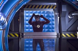"The Flash -- ""Trajectory"" -- Image FLA216a_0130b -- Pictured: Grant Gustin as Barry Allen / The Flash -- Photo: Katie Yu/The CW -- © 2016 The CW Network, LLC. All rights reserved."