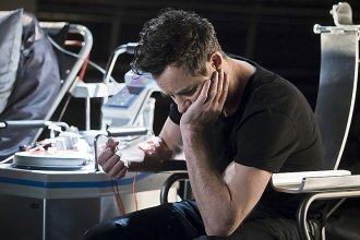 "The Flash -- ""Trajectory"" -- Image FLA216b_0007b -- Pictured: Tom Cavanagh as Harrison Wells -- Photo: Katie Yu/The CW -- © 2016 The CW Network, LLC. All rights reserved."