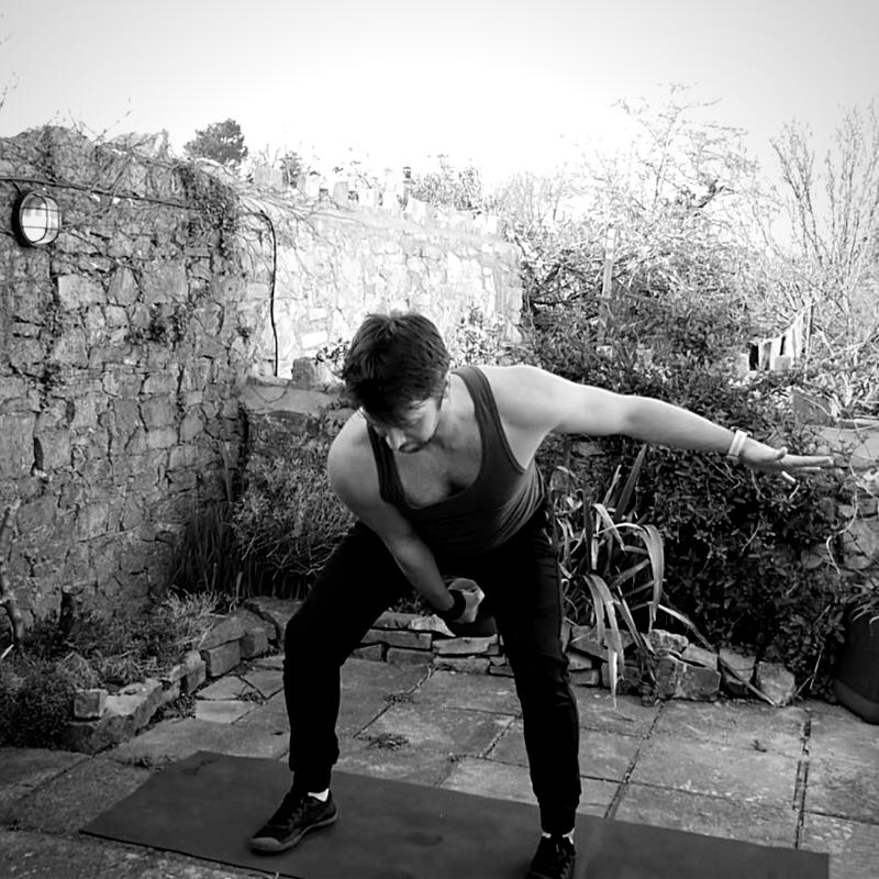 Single arm Kettlebell Swing