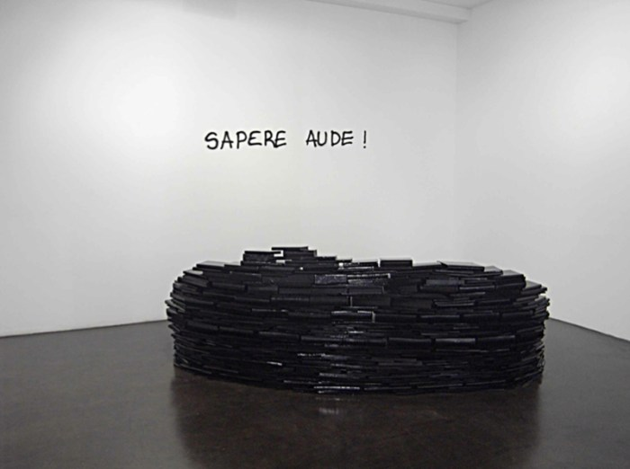Blockhouse, 2012 Escultura - instalación. Medidas variables / ©Avelino Sala