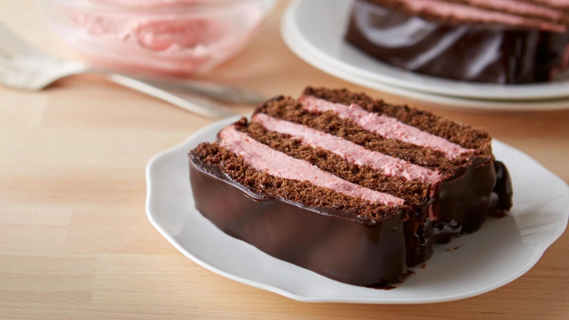 Chocolate Strawberry Whipped Cream Cake Recipes