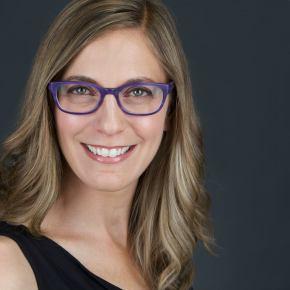 Dana Schwartz head shot glasses (2)
