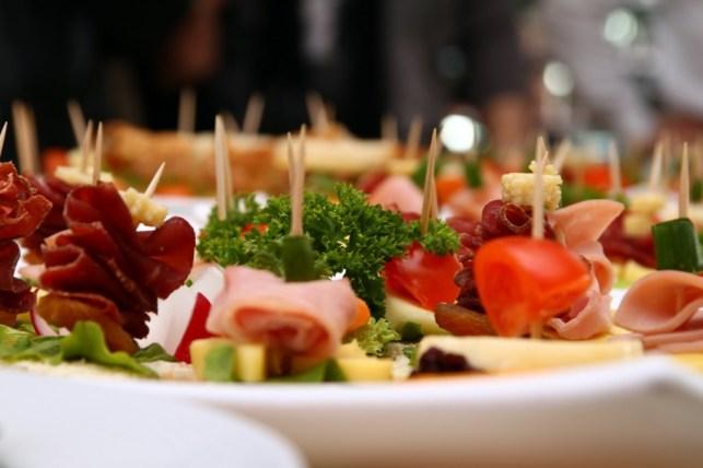 Wedding Food & Drink Menu Ideas on a Budget