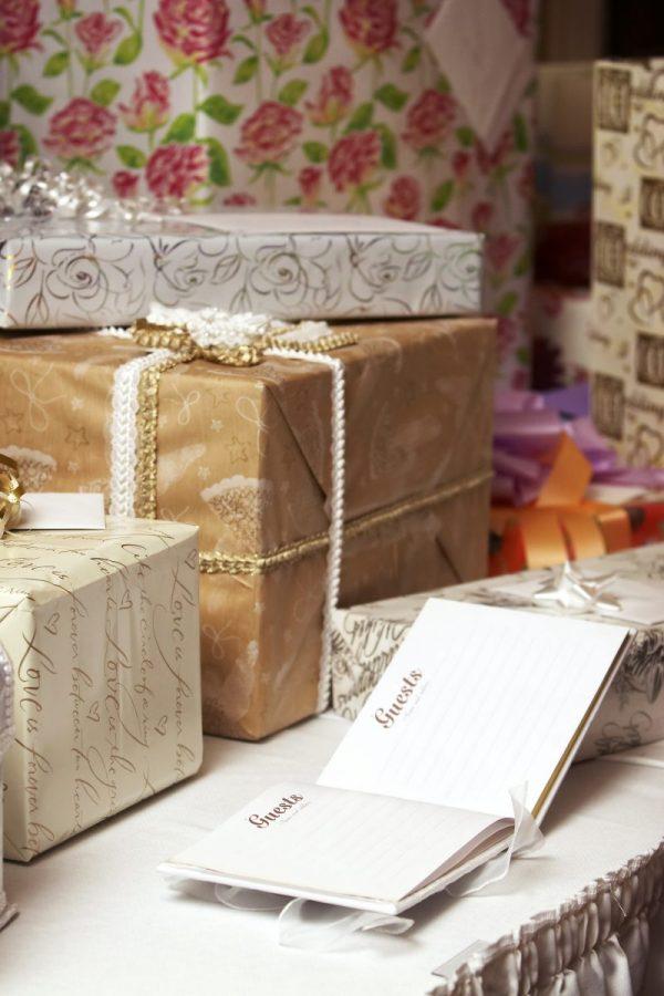 Gift registry pros