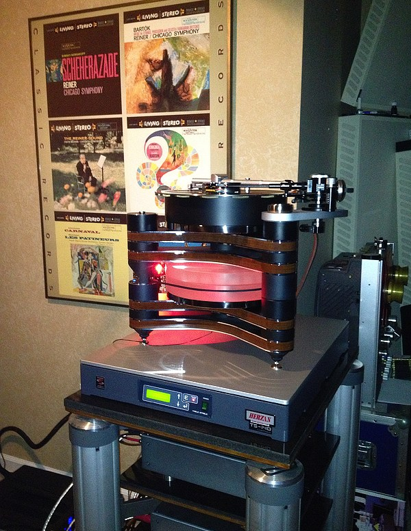 High End Turntable with TS-140 2