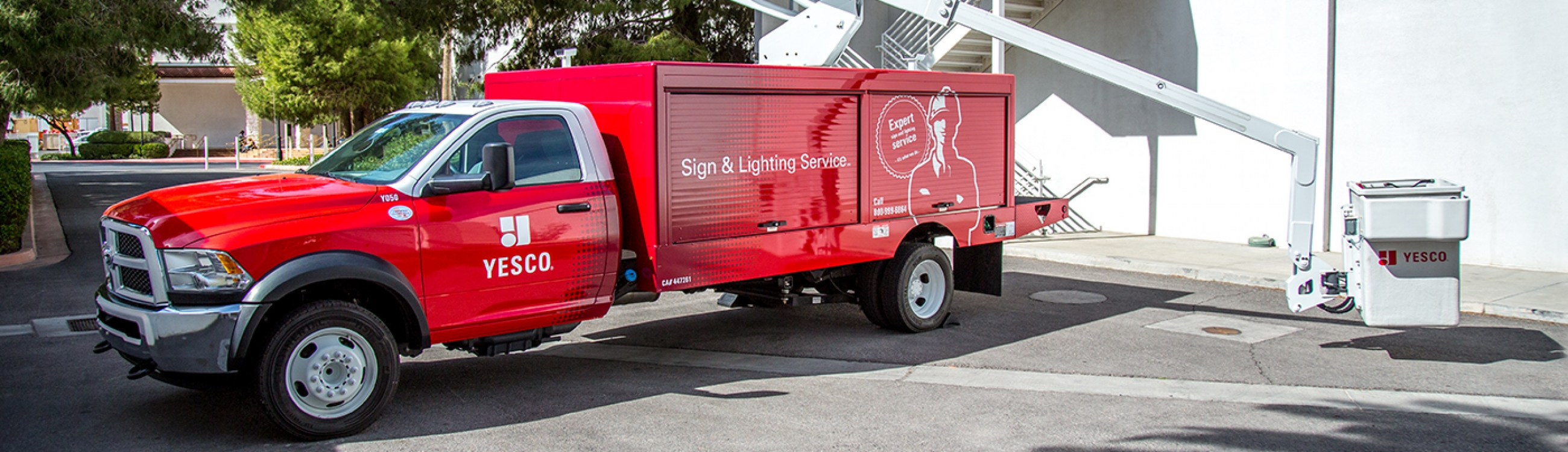 sign and lighting repair service hes sign