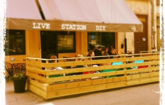 La terrasse du LiveStation-DIY aux beaux jours