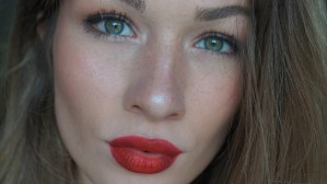 classic red lip party look rode lip beauty