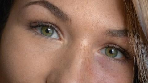 Wallen verbergen na een feestje wallen huilbui oogcreme jade roller