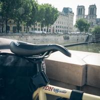 HEY BRO - France - Vélo de Kevin - Selle SMP