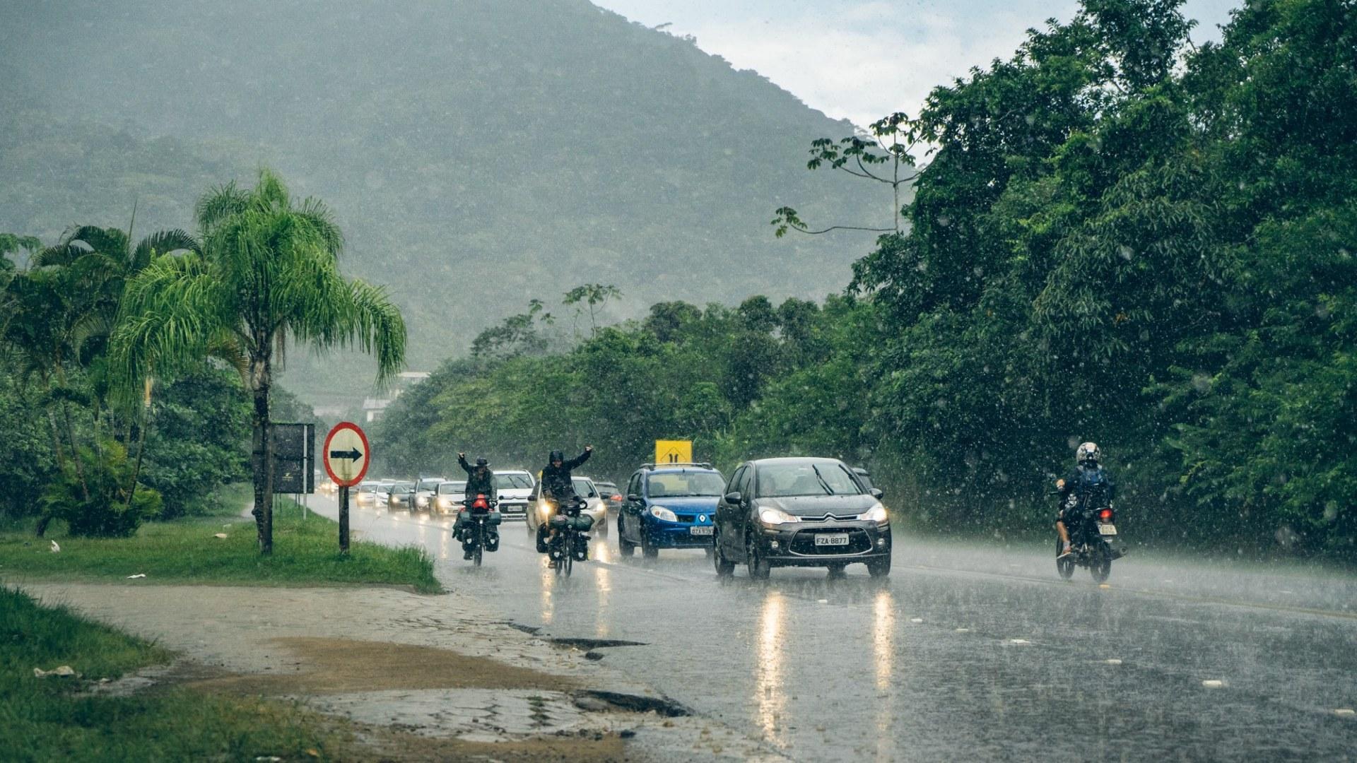 On découvre les fortes pluies au Bresil