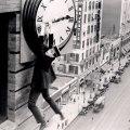 harold-lloyd-safety-last-clock