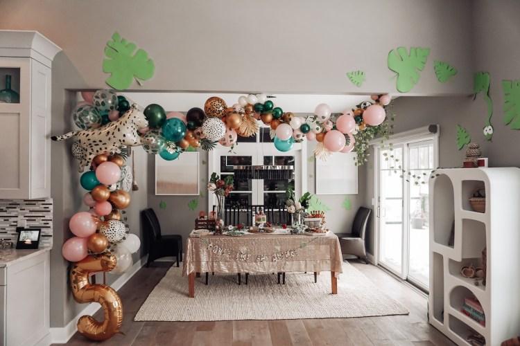 party animals wild jungle birthday theme balloon garland