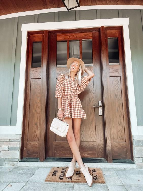 heyitsjenna michigan influencer apricot lane boutique style for fall romper