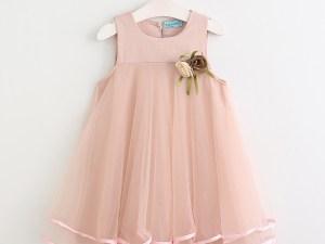 Robe rose de célébration pour fille avec fleurs