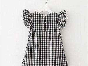 Dos de la robe pour fille