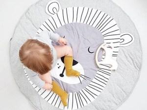Tapis de jeu bébé lion