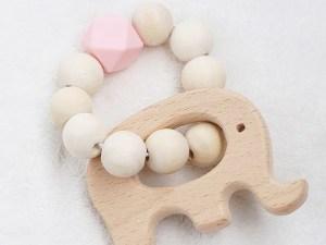 Anneau de dentition en bois éléphant rose