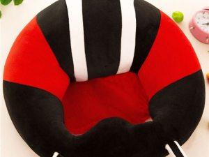 Siège bébé ergonomique rouge et noir