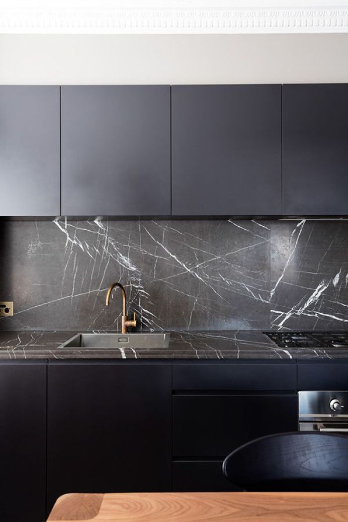 HeyRashmi home decor ideas - black marble kitchen