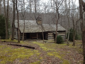 heysmokies.com smoky mountain hiking club cabin greenbrier