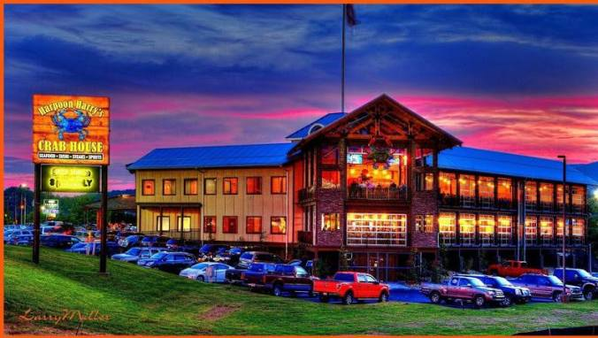 Harpoon Harry's Crab House in Pigeon Forge