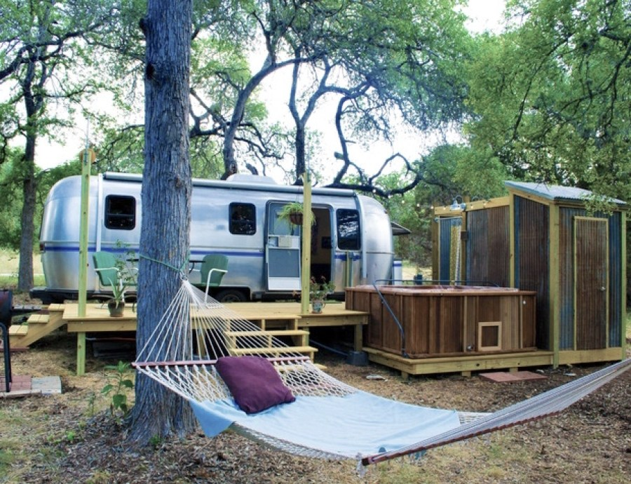 Dixie Daisy Airstream Wimberley, Texas