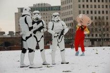 Family Guy - It's a Snow Trap-10