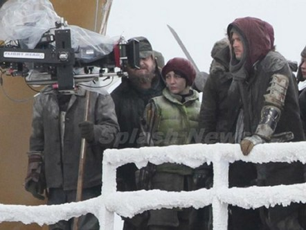 World War Z Set Photo (1)