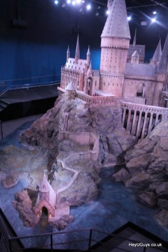 Harry Potter Studio Tour - Hogwarts Model - HeyUGuys (4)