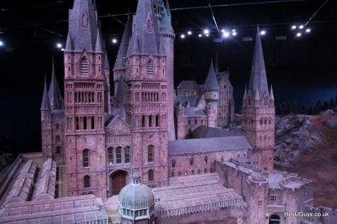 Harry Potter Studio Tour - Hogwarts Model - HeyUGuys (49)