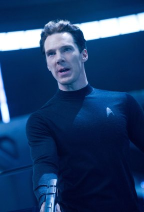Benedict-Cumberbatch-in-Star-Trek-Into-Darkness