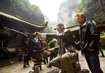 Michael-Bay-and-James-Skotchdopole-on-set-of-Transformers:-Age-of-Extinction