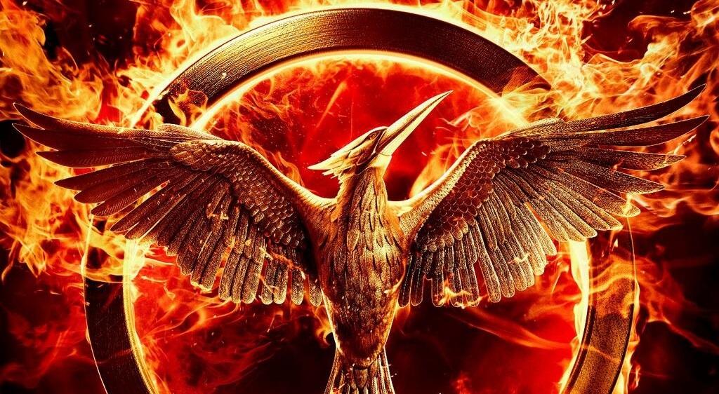 The-Hunger-Games:-Mockingjay-Part-1-Poster-slice