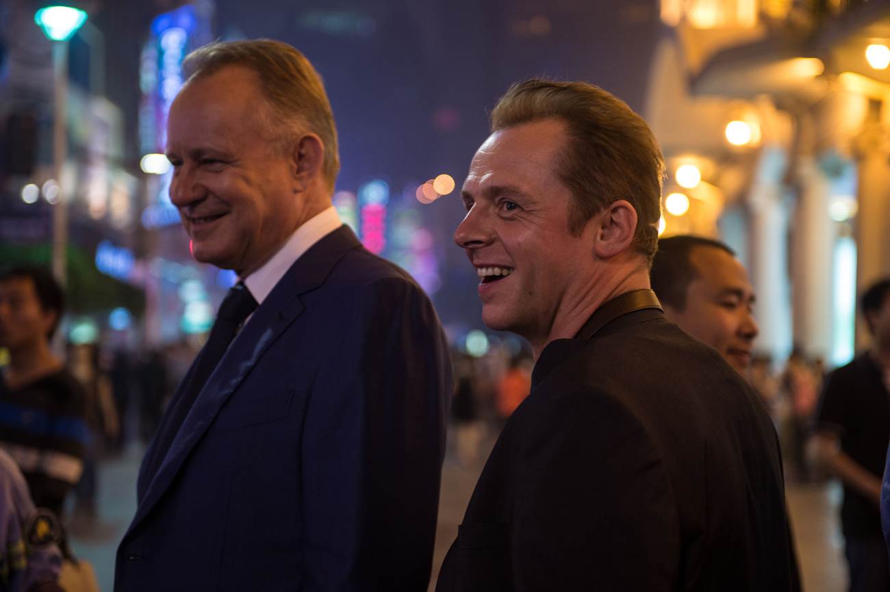 Stellan-Skarsgård-and-Simon-Pegg-in-Hector-and-the-Search-for-Happiness