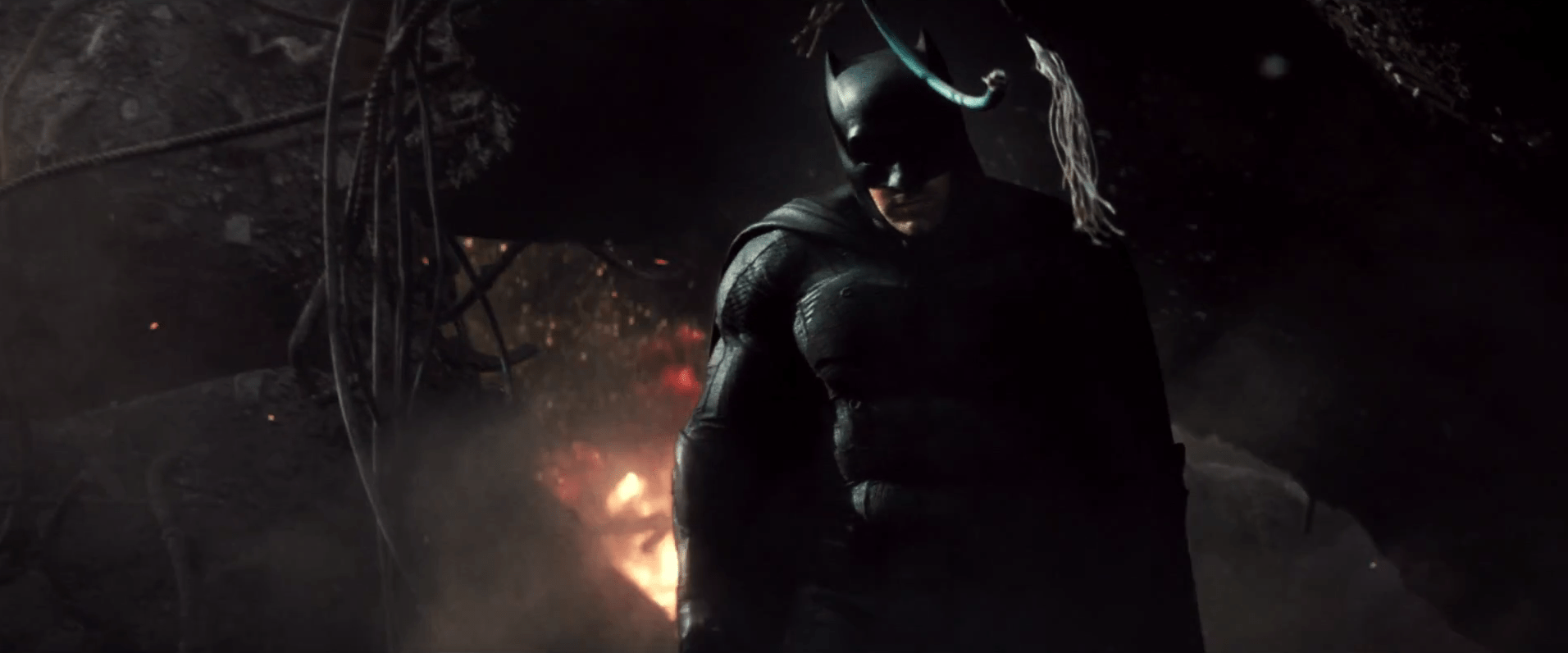 10 Things to Note in the First Trailer for Batman v Superman: Dawn of Justice