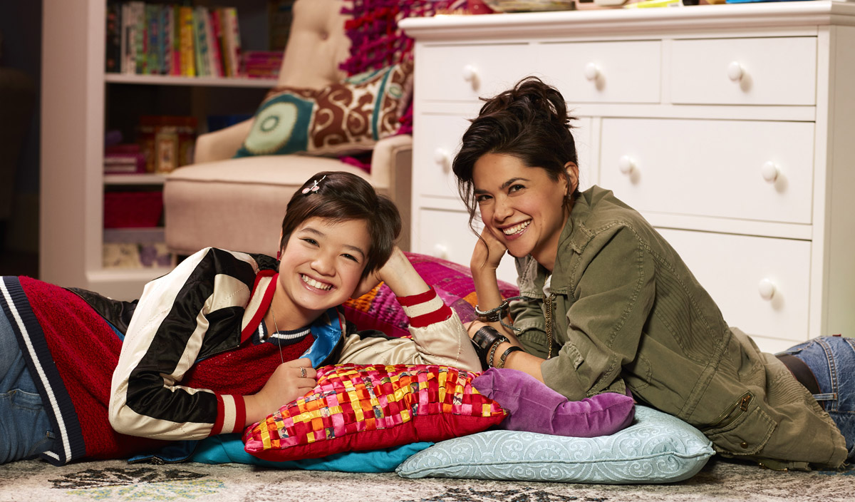 andi mack episode i wanna hold your wristband
