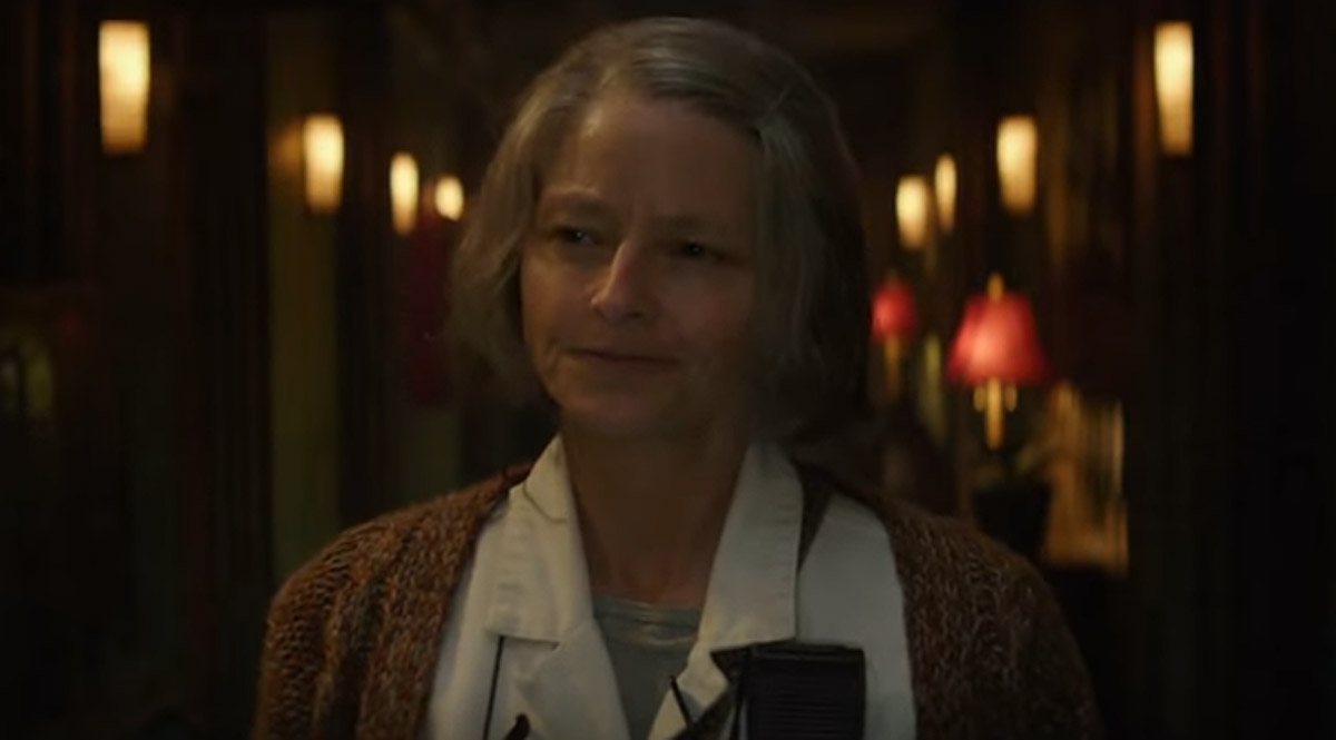 Jodie Foster runs a hospital for risky  criminals — Hotel Artemis trailer