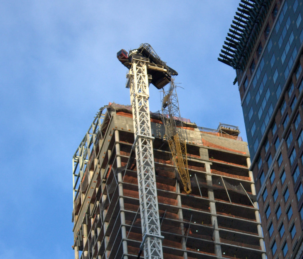 Hurricane Sandy, Crane Collapse
