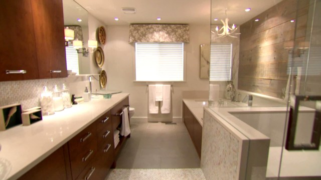 Vintage Bathroom Decor Ideas & Tips From HGTV