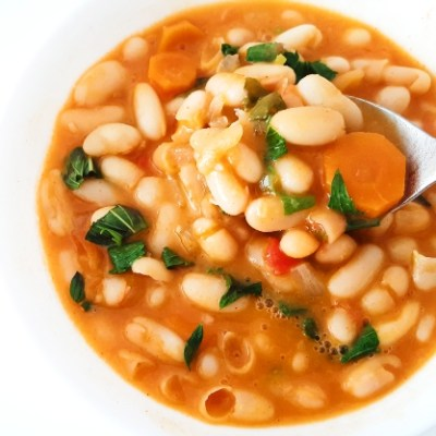 20-Minute Healthy White Bean Soup