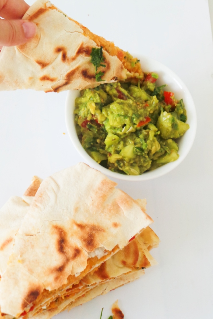 Spicy vegan chickpea quesadilla recipe - this delicious vegan recipe is great for lunch or dinner and is ready in 15 minutes.