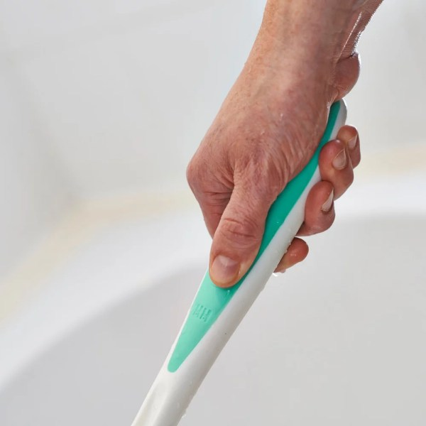 Chunky Comfi-Grip non-slip handle. For use in the shower or bath, Ideal if you have arthritic or wet hands.